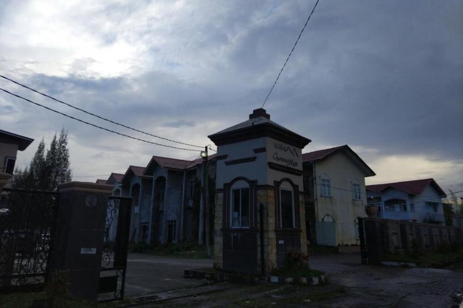 Dewi's Holiday Villa Brastagi