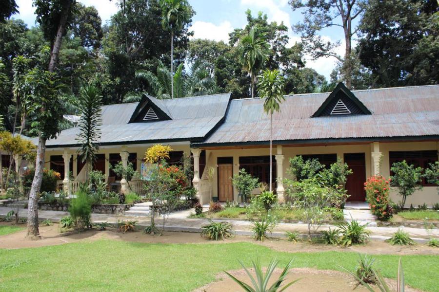 Batu Mandi Guest House Bukit Lawang