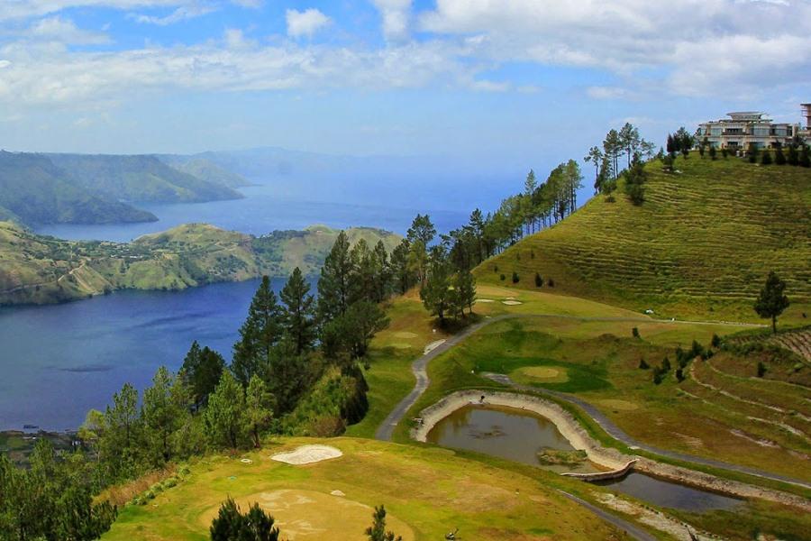 5D4N Silangit - Balige - Lake Toba - Park Simalem Argo Tour - Medan